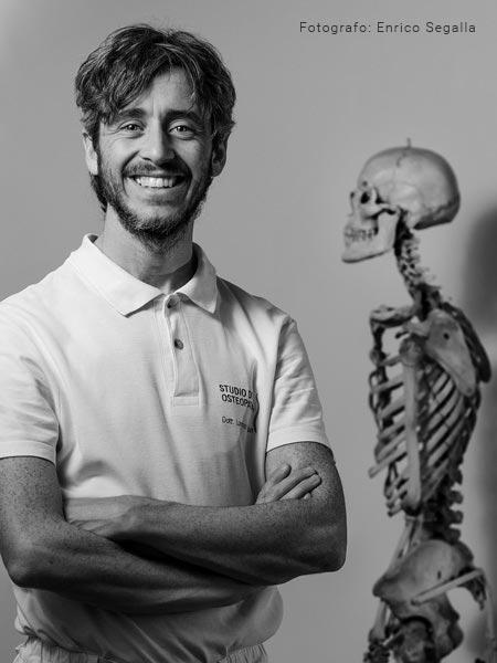 Lorenzo-Vivian-Osteopata-Chinesi-Osteopatia-1
